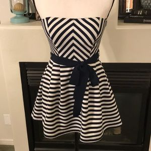 Size L XXI Forever 21 Navy & White Strapless Dress
